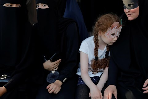 Crime or right? Some Danish Muslims to defy face veil ban