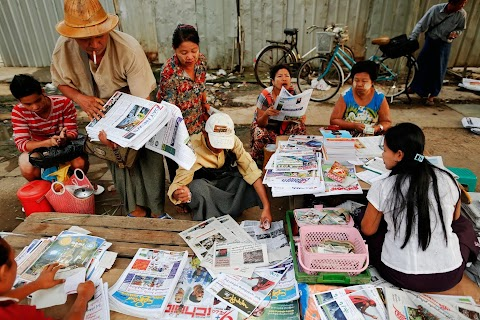 Private dailies re-emerge in Myanmar