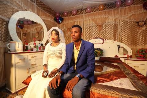 Wedding in a Mogadishu camp