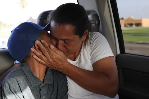 Reunited family's next challenge: fight for U.S. asylum