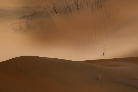 Rallying-The Dakar, a world of sand and solitude