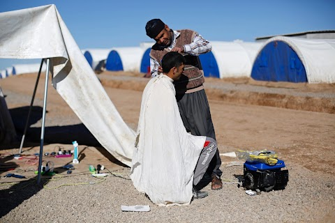 Iraqi camp families struggle to make a living