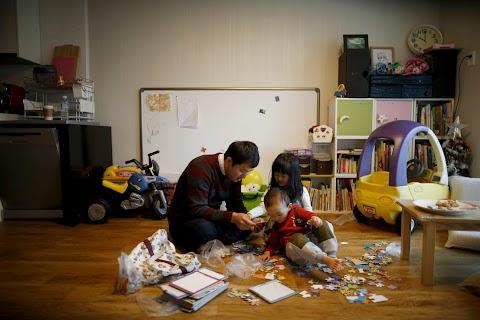 'Superdads' on paternity leave