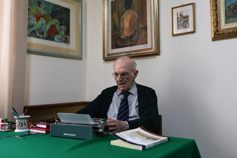 Meet Italy's oldest student, surviving WW2 and a pandemic to graduate at 96