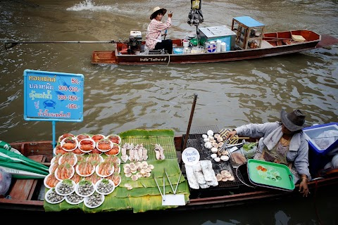 A market to float your boat