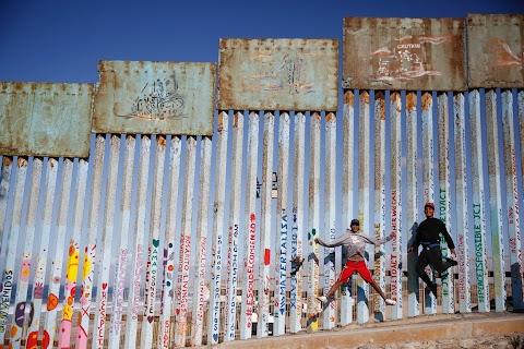 U.S. films, hip hop inspire young immigrants' 'American dream'