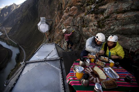 Cliffhanger in Peru
