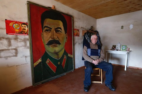 Stalin's ageing fan club in Georgia