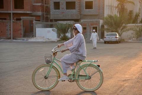 Cycling in Jeddah: Saudi women embrace change