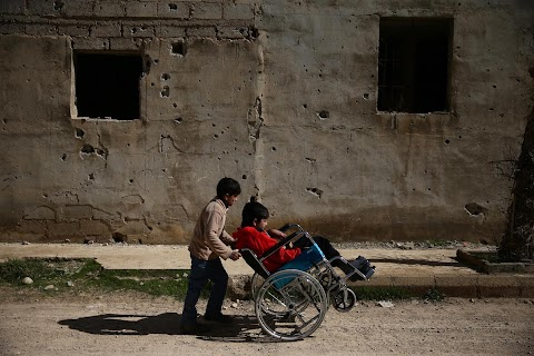 In Syria makeshift center offers hope to paralysed