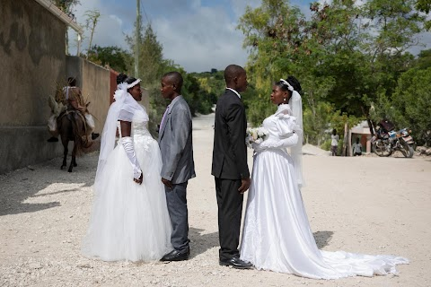 Haiti's brides beat hurricanes, power cuts and protests to wed in style