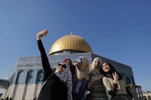Selfies at Dome of the Rock