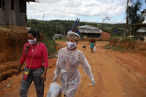 In the Amazon, an indigenous nurse volunteers in coronavirus fight