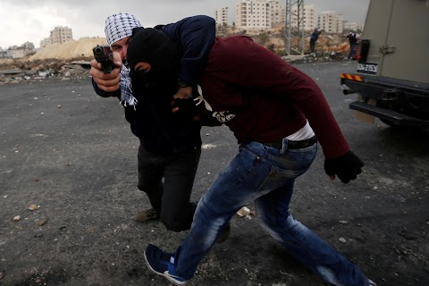 Undercover Israeli agents in action