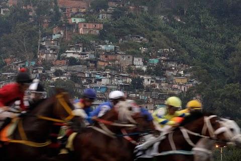 Venezuelan crisis spawns boom in gambling