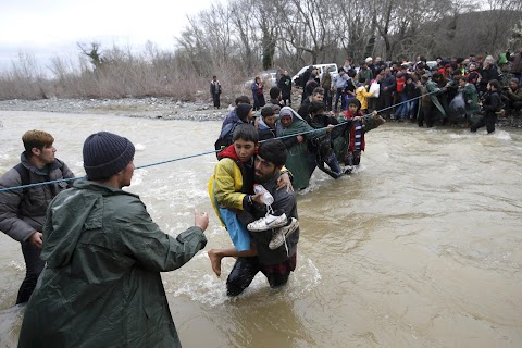 Refugees brave cold waters