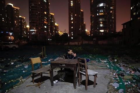 Shanghai's nail neighbourhood