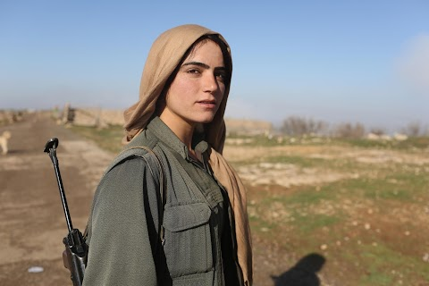 Women wage war on Islamic State