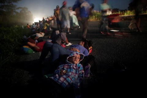 A day in the life of the migrant caravan