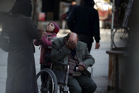 Begging for help in Damascus