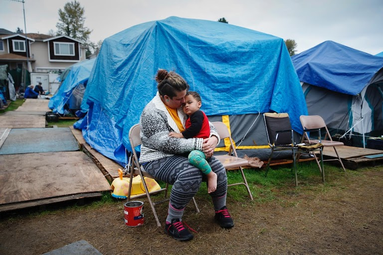 & Homeless in Americau0027s tent cities | The Wider Image | Reuters