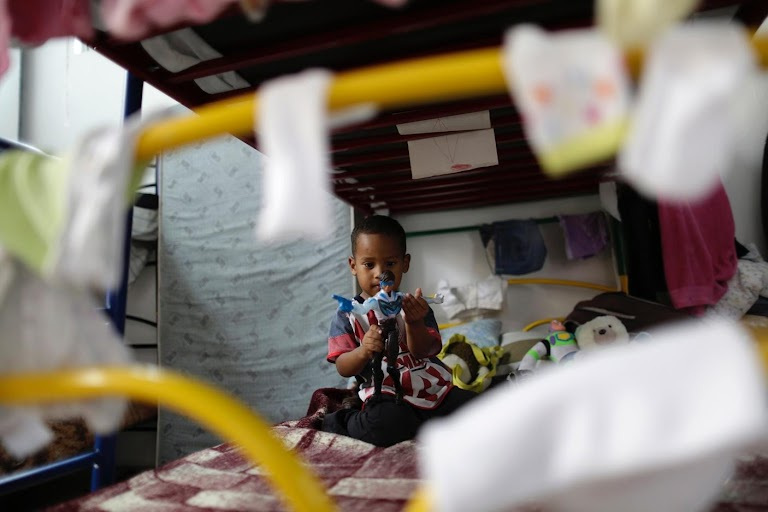 A child migrant crisis The Wider Image Reuters