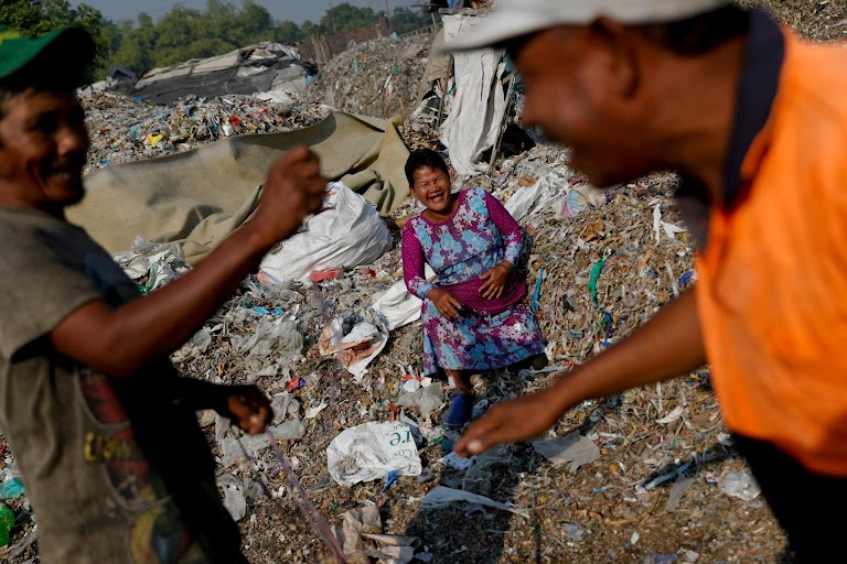 Cash for trash: Indonesia village banks on waste recycling by Willy Kurniawan