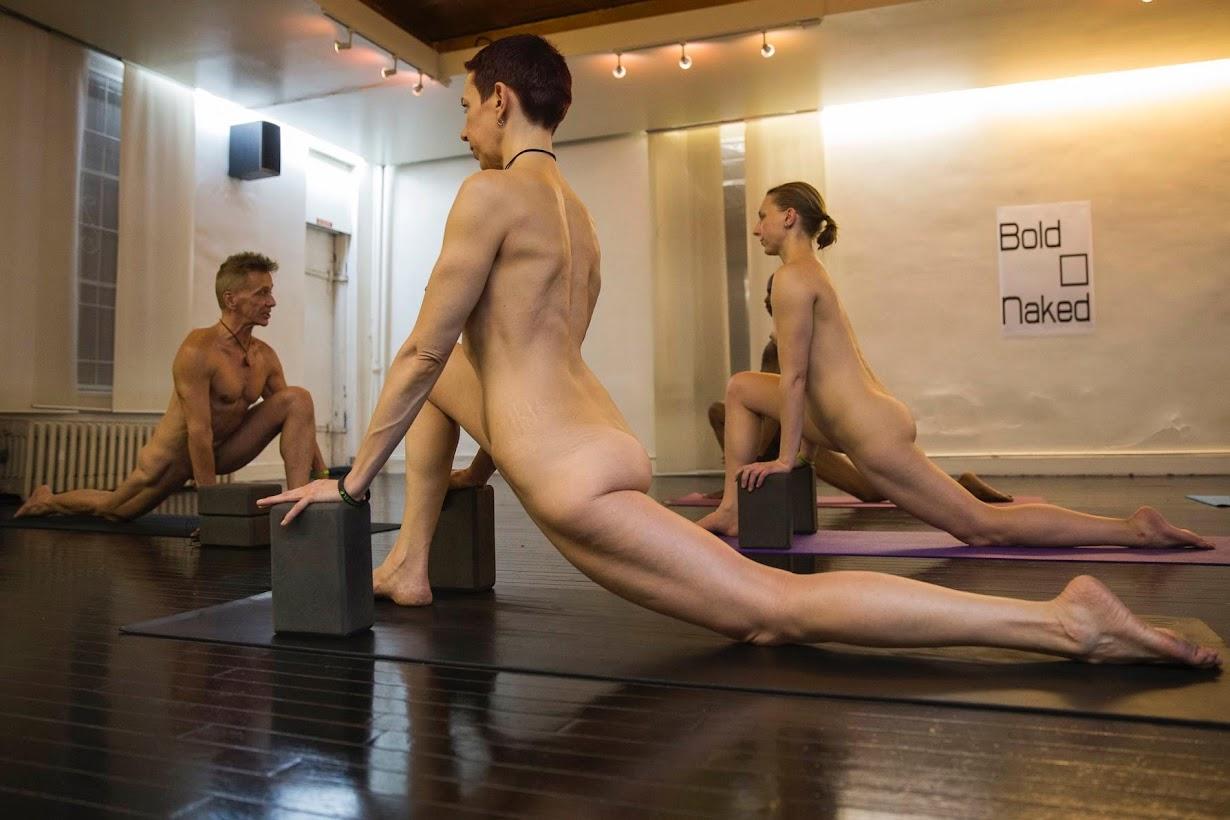Фото голые йога, Голая йога. Зрелище невероятной красоты (28 фото) 24 фотография